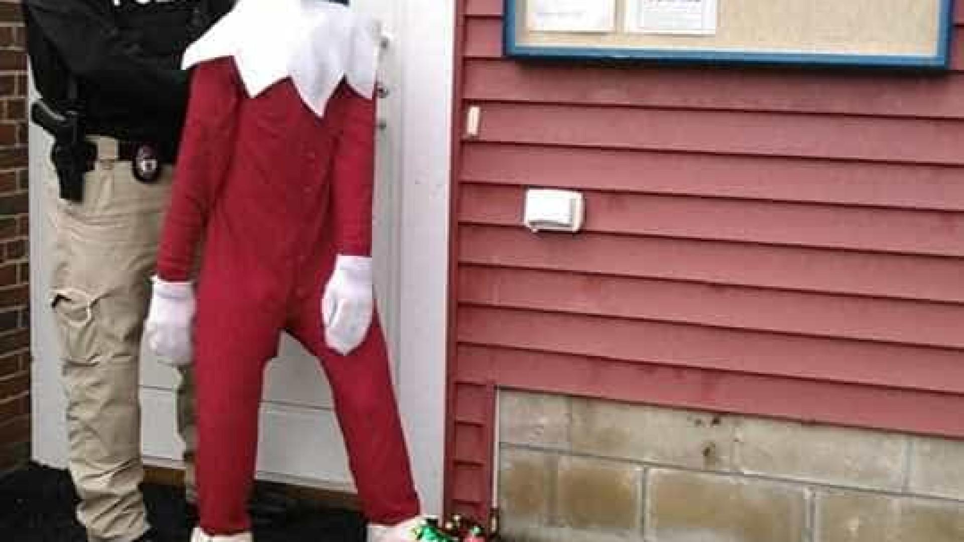 """Zippy, o duende de Natal 'raptado', já foi encontrado. """"A magia voltou"""""""