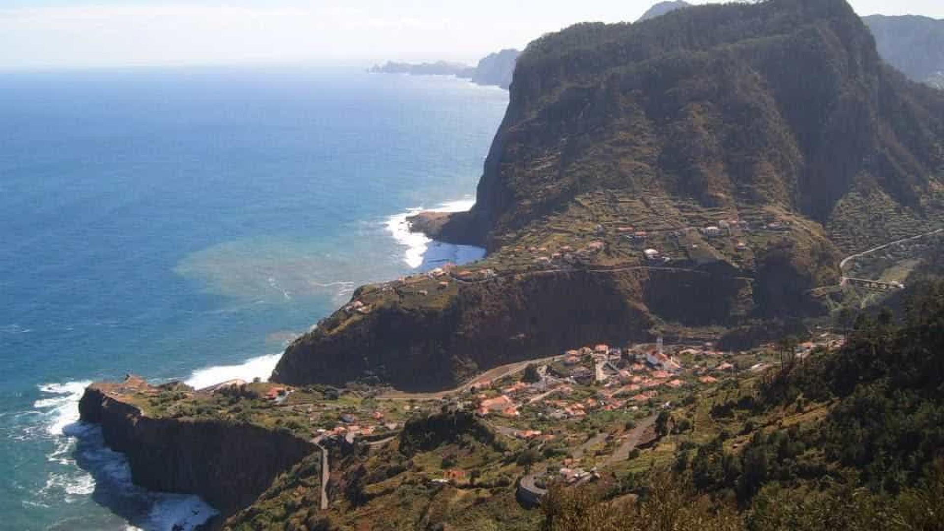 Septuagenário morre ao cair de 200 metros na Fajã da Murta