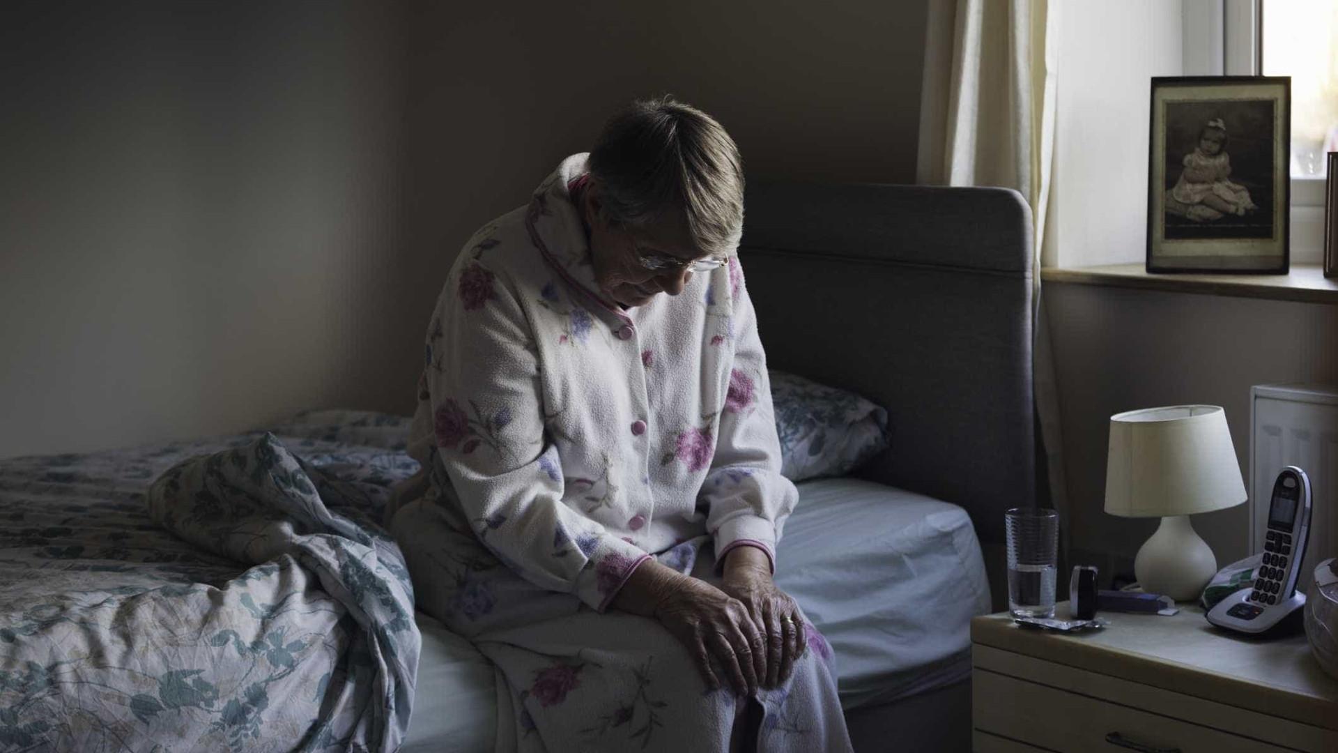 Dona de lar de idosos absolvida do crime de maus-tratos