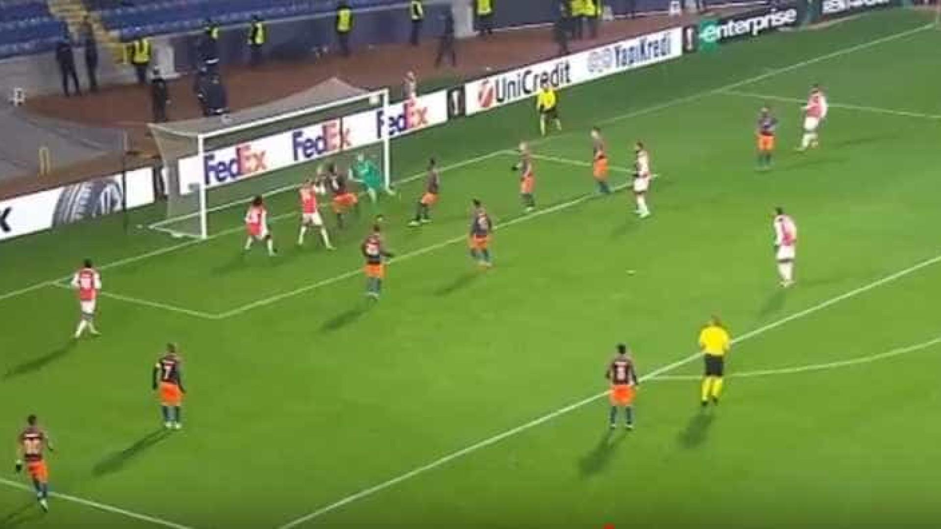 'Cabeçada' de Raul Silva empata o marcador na Turquia