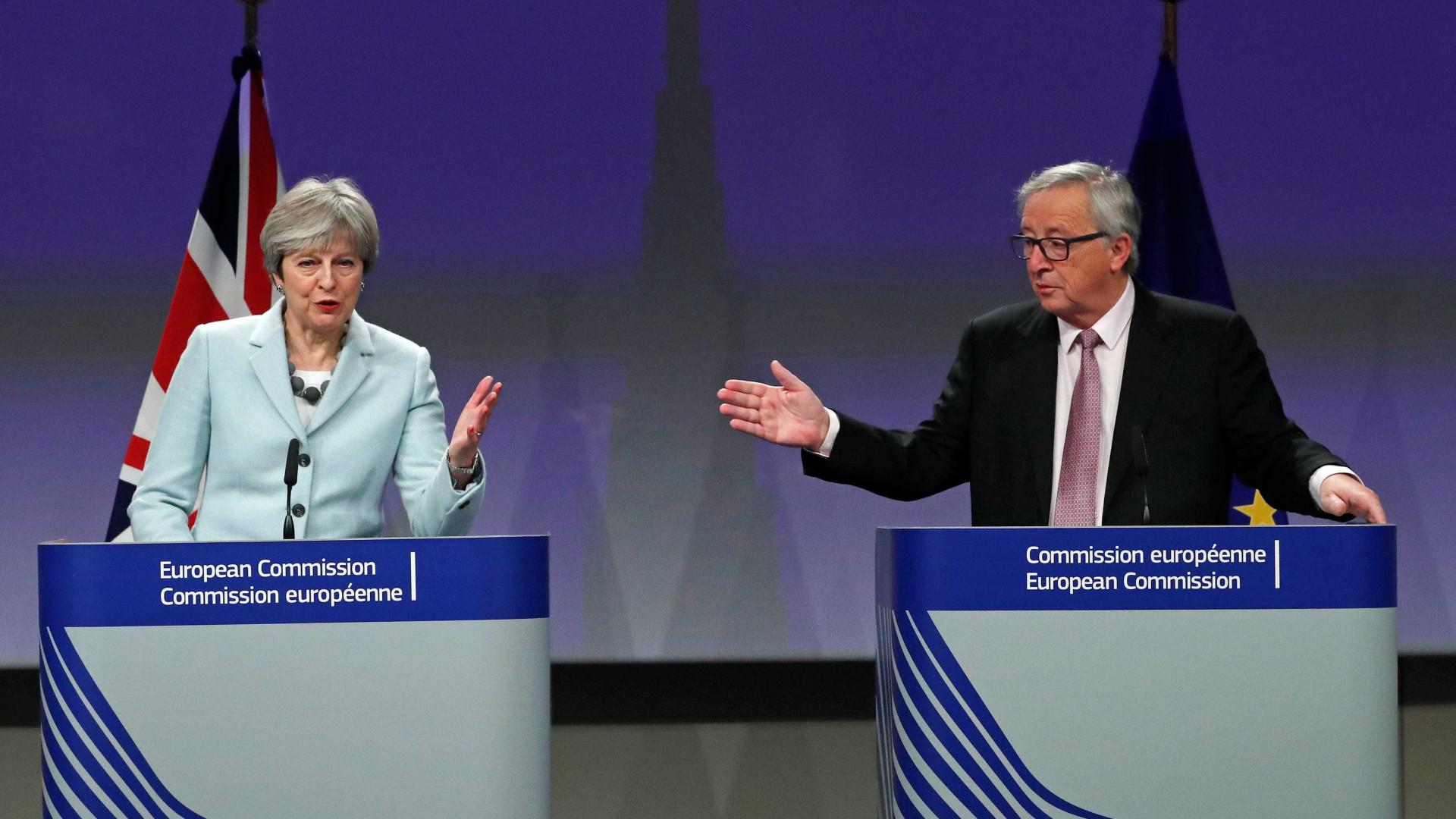 May a caminho de Bruxelas para encontro com Juncker sobre o Brexit