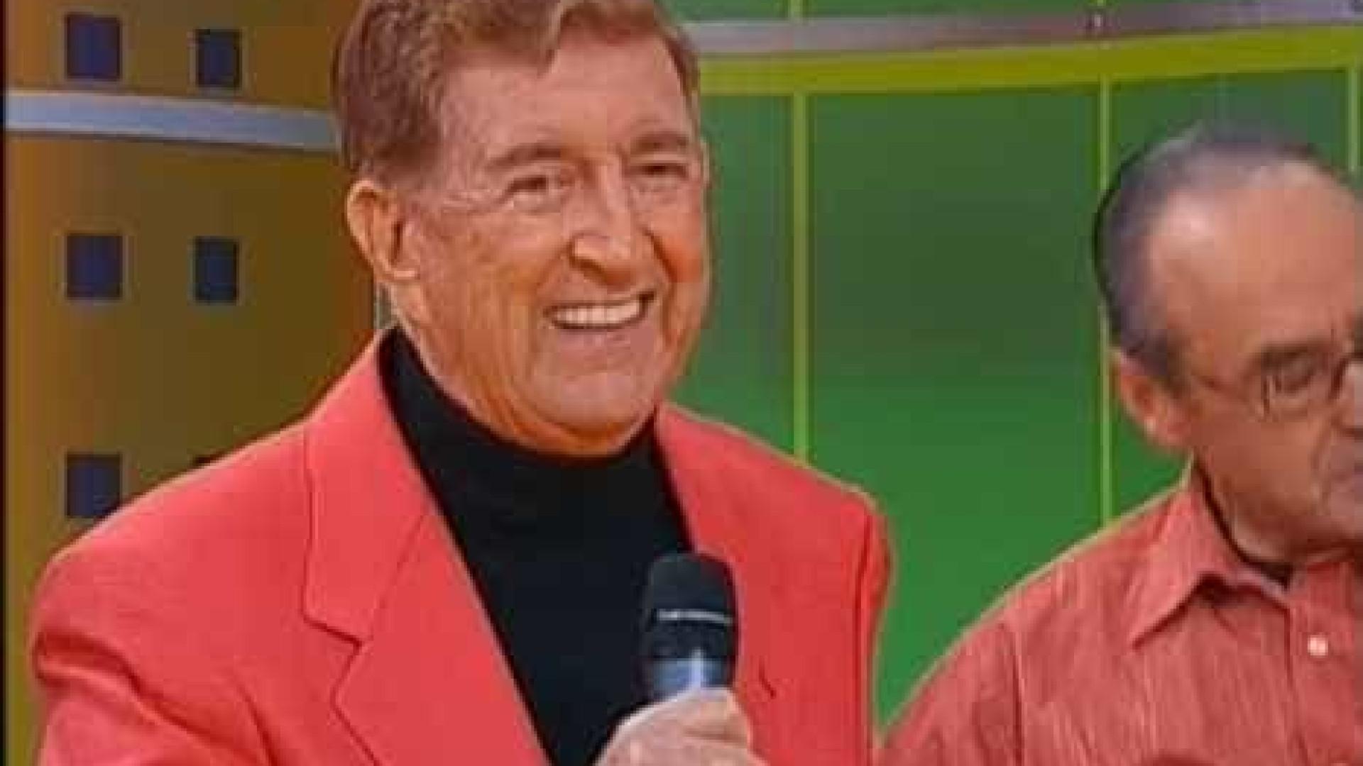Morreu Mário Gil, cantor de 'Pelos caminhos de Portugal'