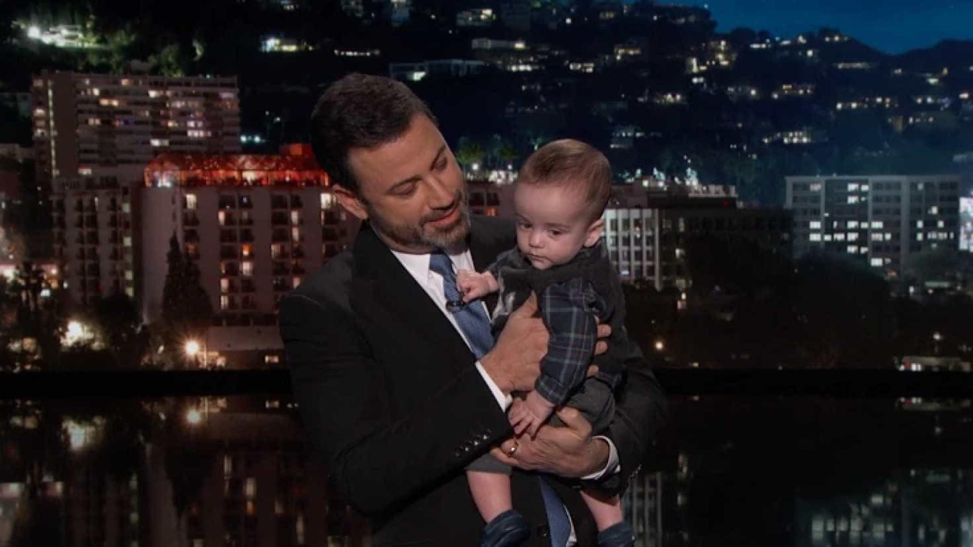 Jimmy Kimmel leva filho ao programa, após ter sido novamente operado