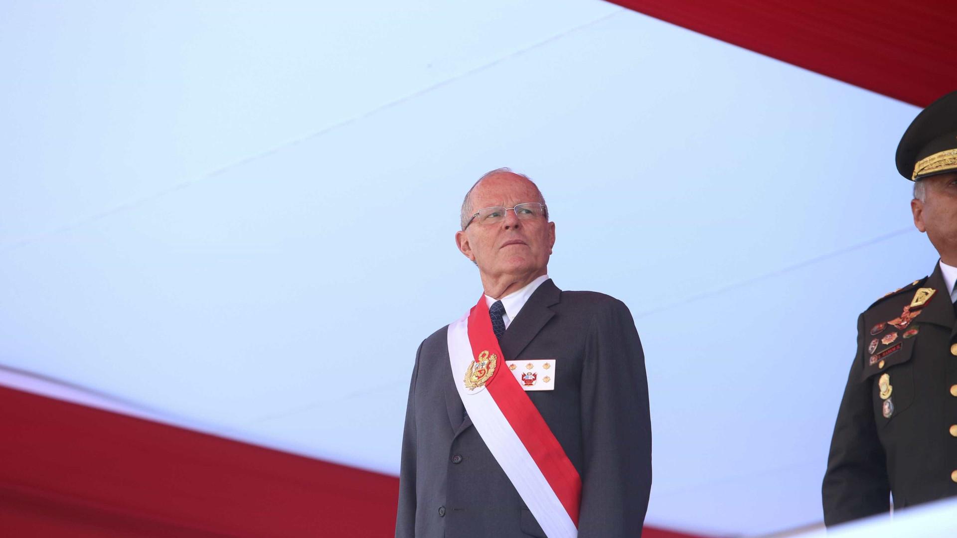 """Sismo: Presidente do Peru pede """"calma"""" aos habitantes da região afetada"""