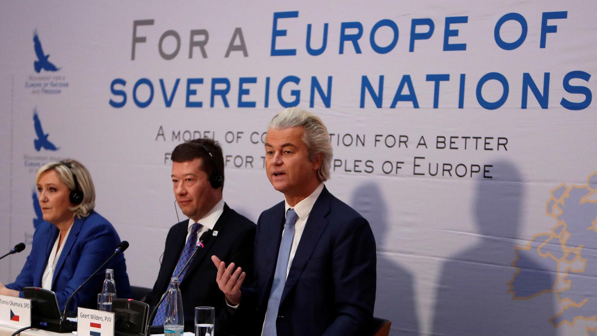 """Partidos eurocéticos pedem """"união de nações"""" alternativa à União Europeia"""