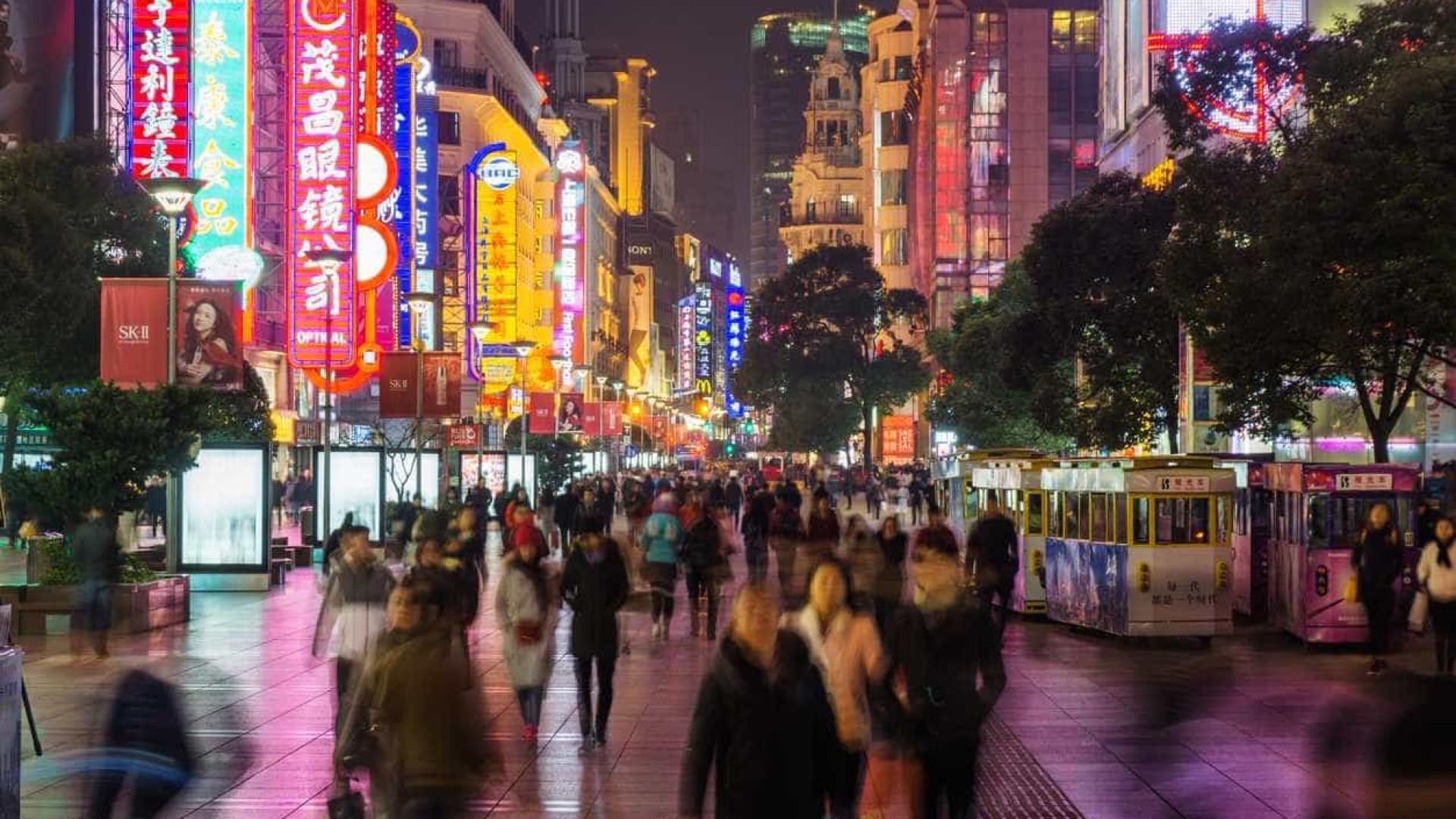 Xangai fixa limite de população