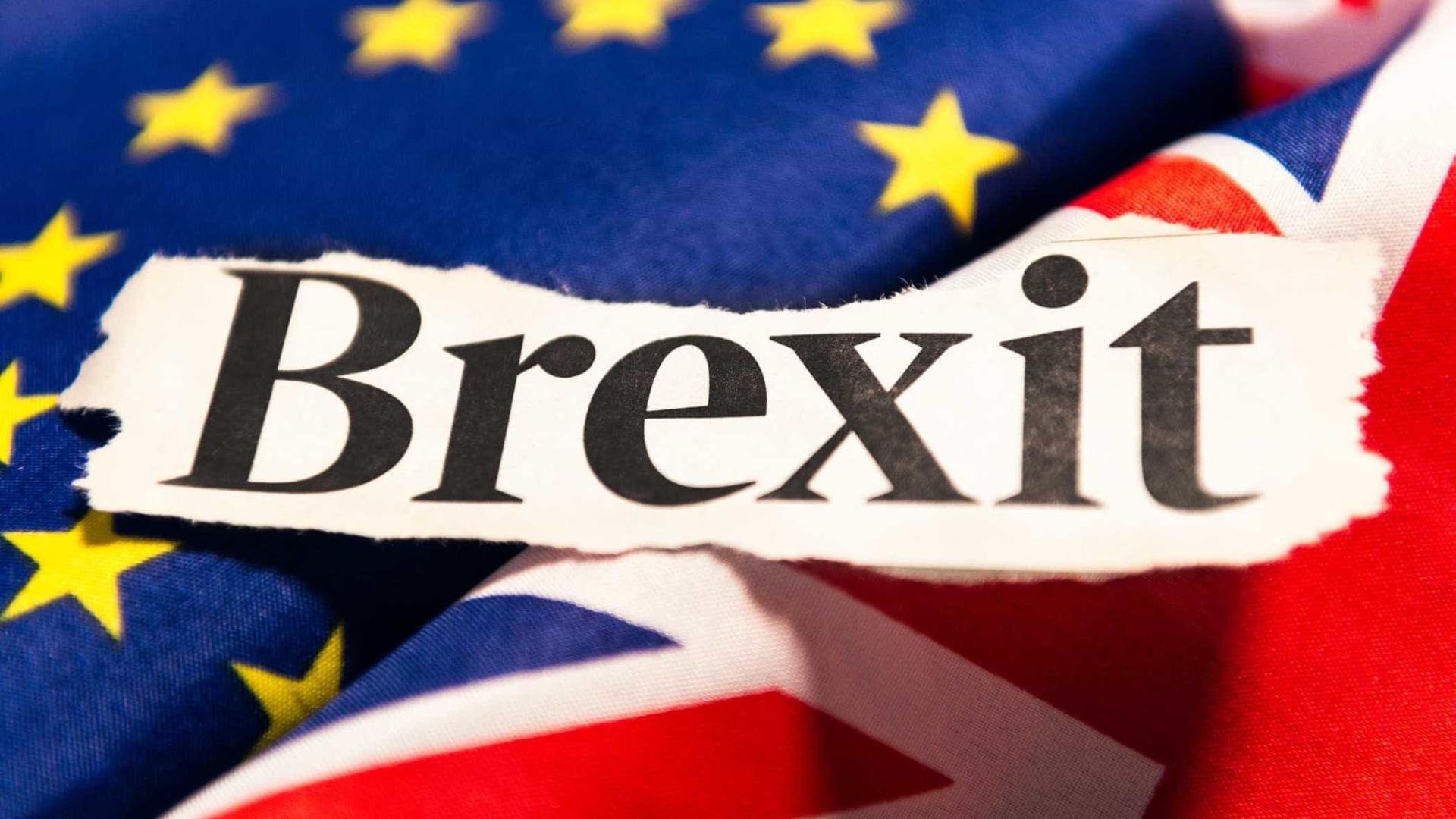 Brexit: Parlamento britânico aprovou lei do governo para saída da União Europeia