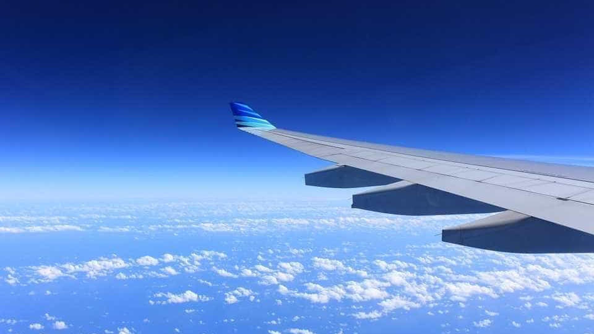 Brasileira morre durante voo entre Recife e Paris. Corpo por reclamar