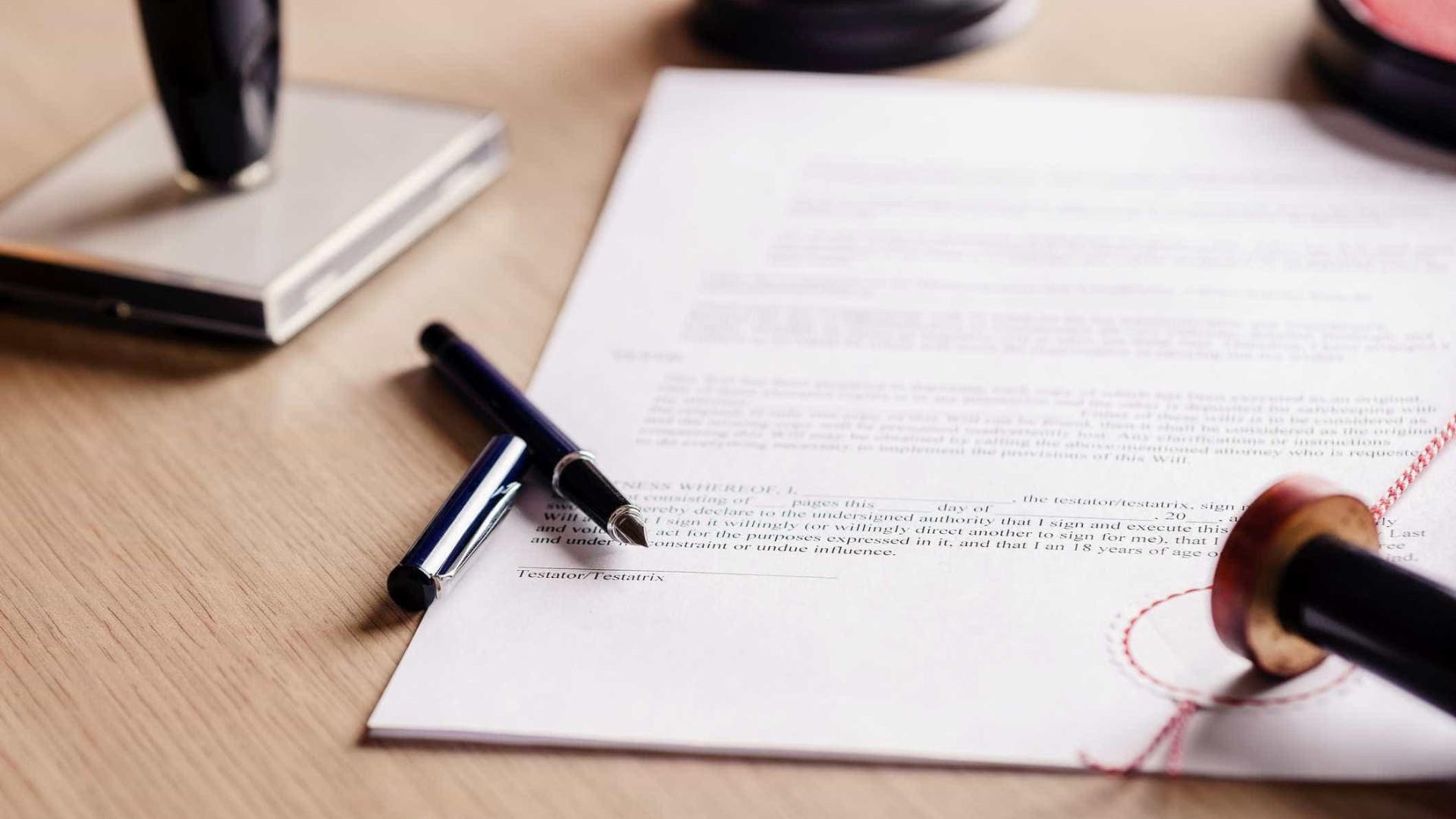 Greve dos trabalhadores dos registos e notariado com 90% de adesão