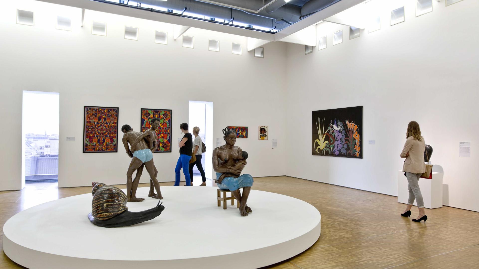 DGPC gastou mais de 100 mil euros em peças de arte para museus e palácios