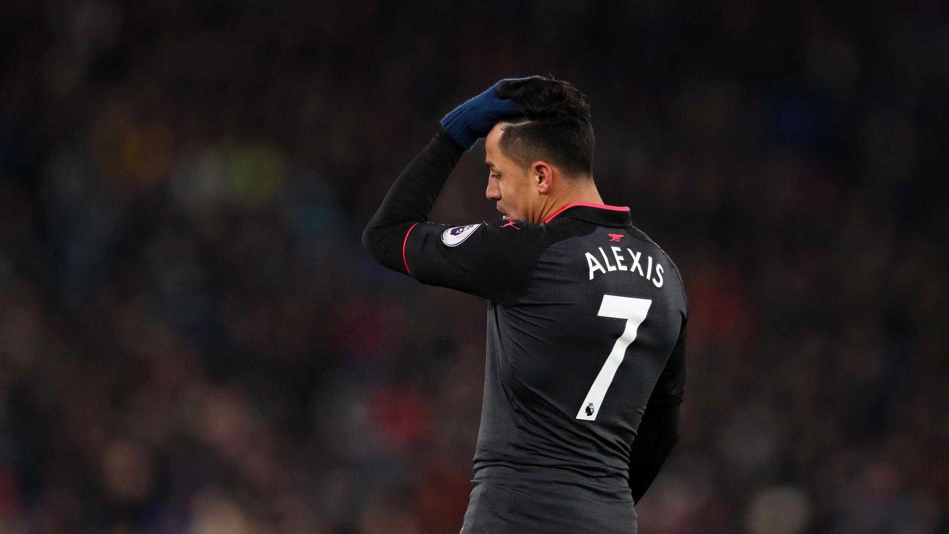 Wenger surpreende, não convoca Alexis Sánchez e deixa saída no ar
