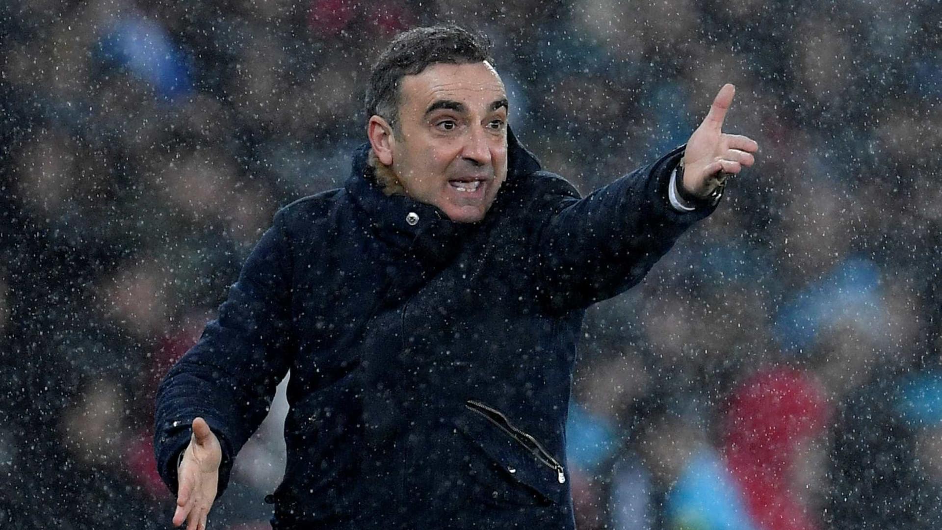 Carvalhal espera que Renato Sanches regresse ao Swansea em março