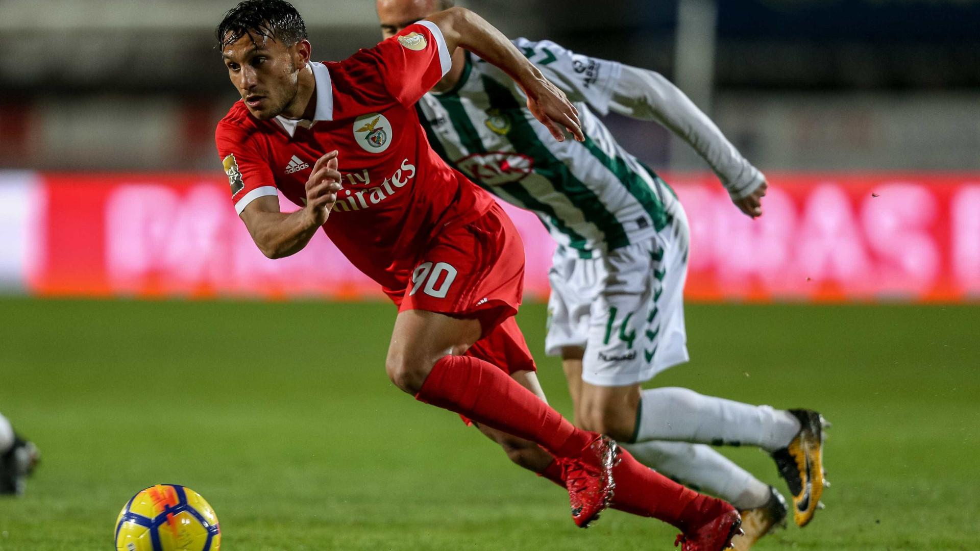 Oficial: Benfica vende João Carvalho por 15 milhões de euros