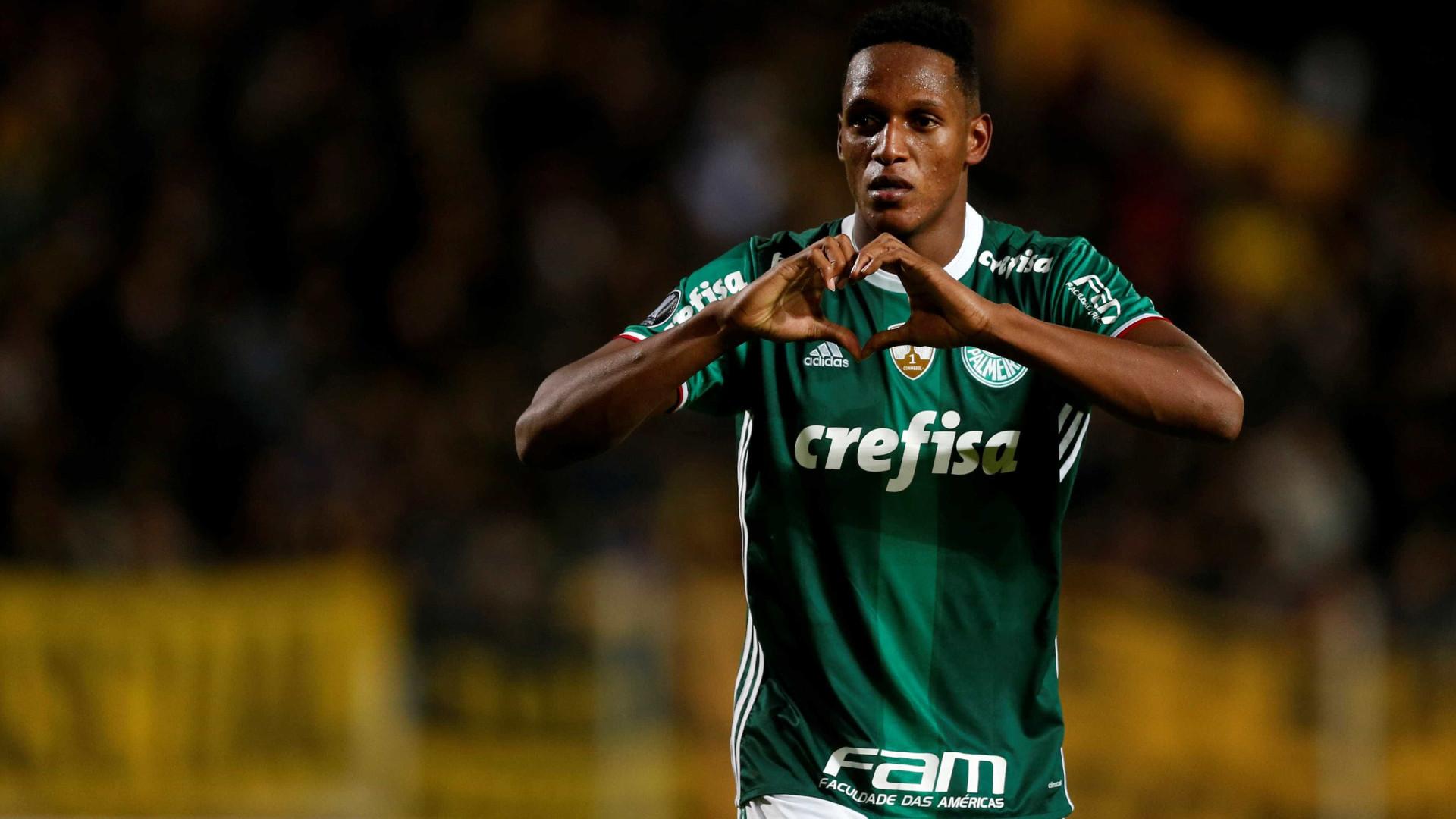 Barcelona acerta contratação do zagueiro Yerry Mina, do Palmeiras, diz rádio