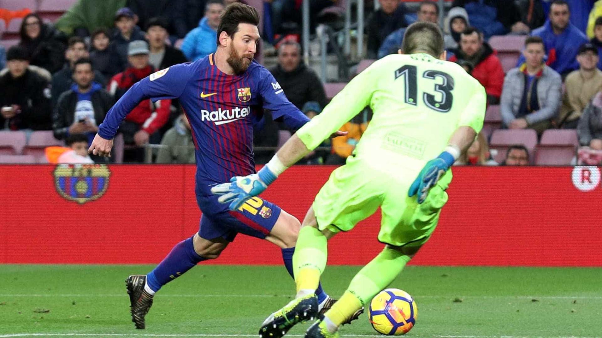 Barcelona vence Levante no jogo 400 de Messi