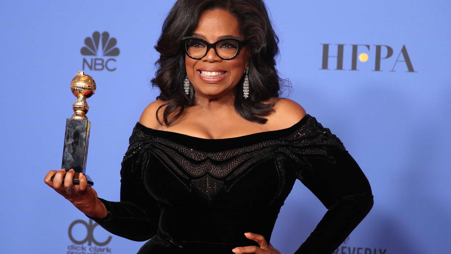 """Sala em pé para ouvir Oprah elogiar as """"mulheres cujo nome não sabemos"""""""