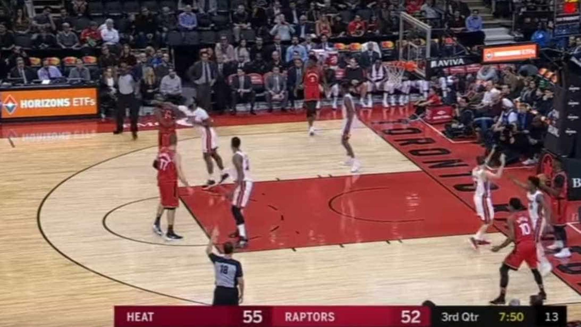 Agressões na NBA: Ibaka e James Johnson aos socos em pleno jogo