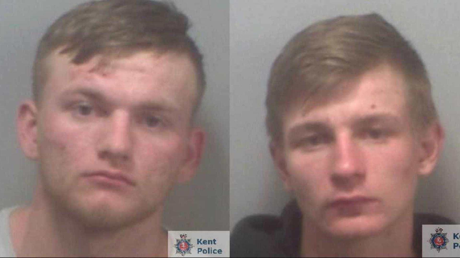 Adolescentes mataram jovem sem-abrigo com catana em Inglaterra