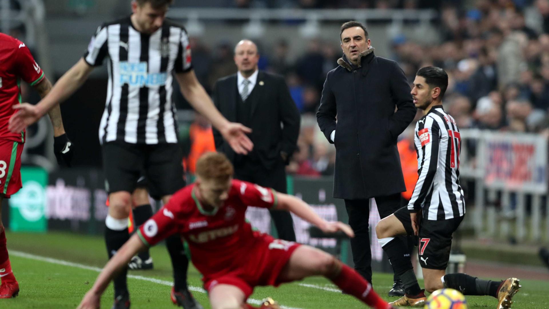 Sem Renato Sanches, Carvalhal não foi além de um empate com o Newcastle