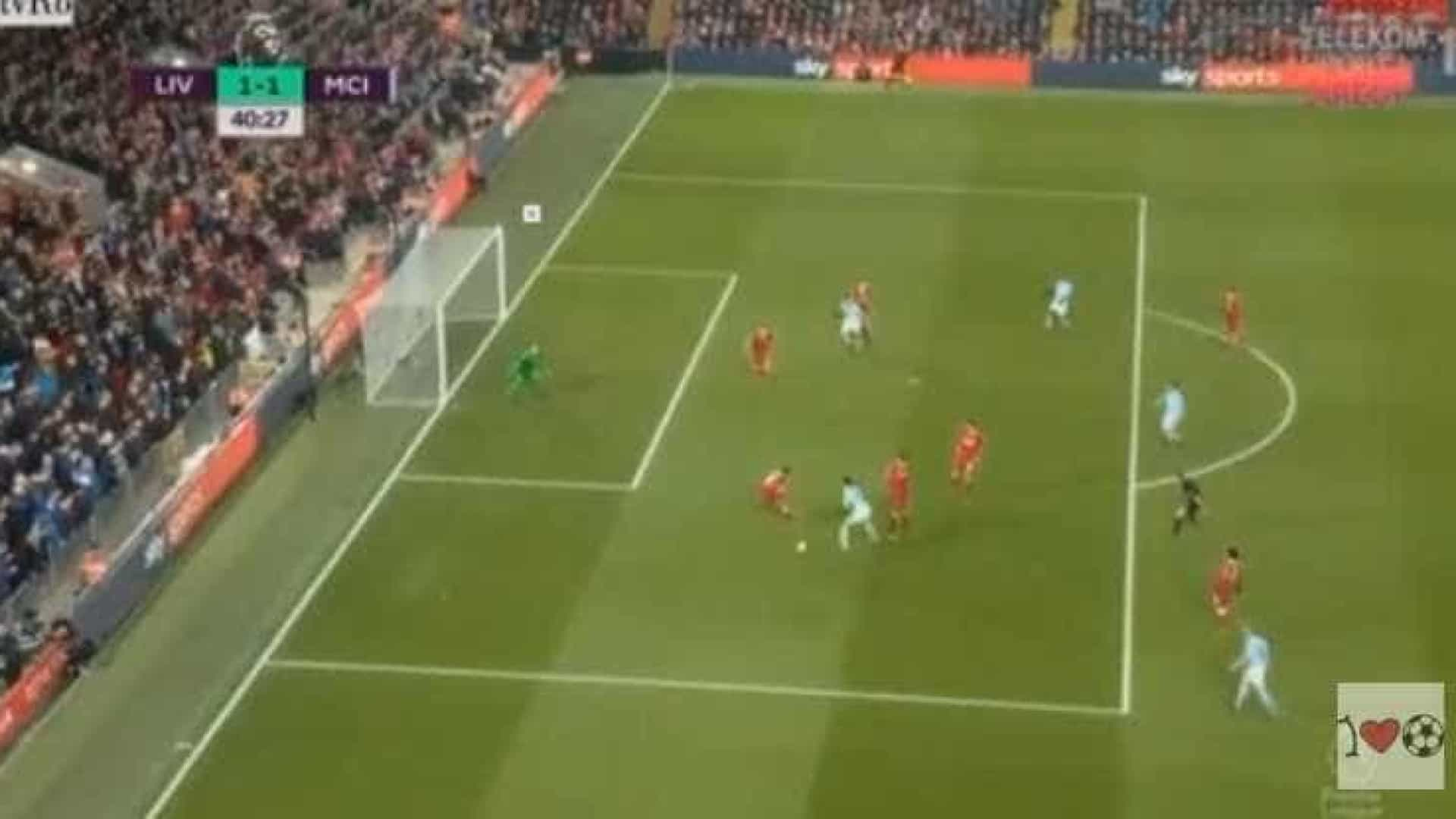 Sané bailou e, com um 'míssil', igualou o Liverpool-Manchester City