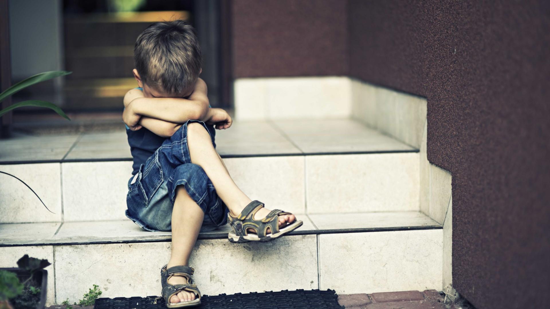 UNICEF diz com as letras todas: Supernanny viola direitos das crianças
