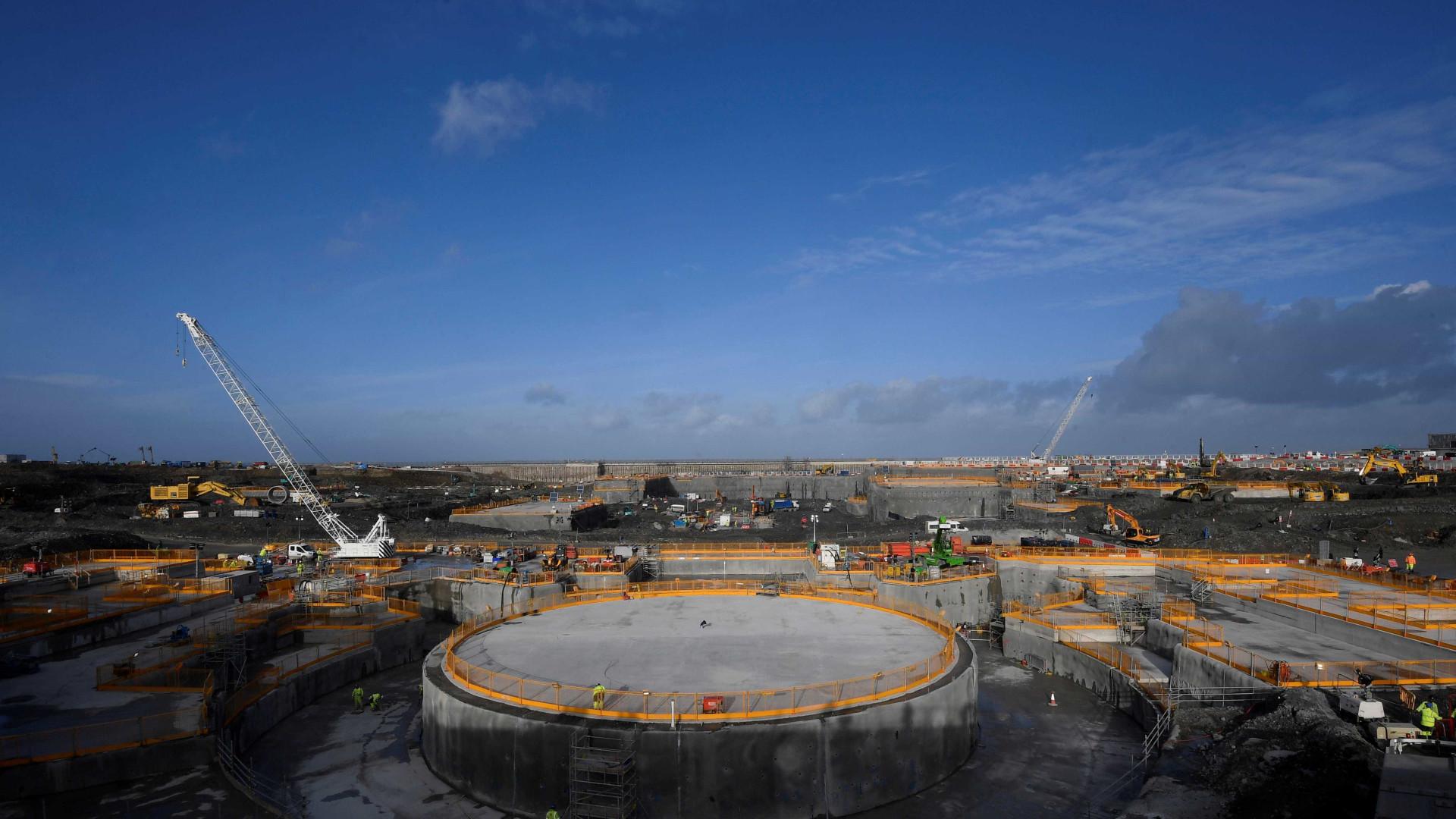 Central nuclear britânica entrará em funcionamento até final de 2025
