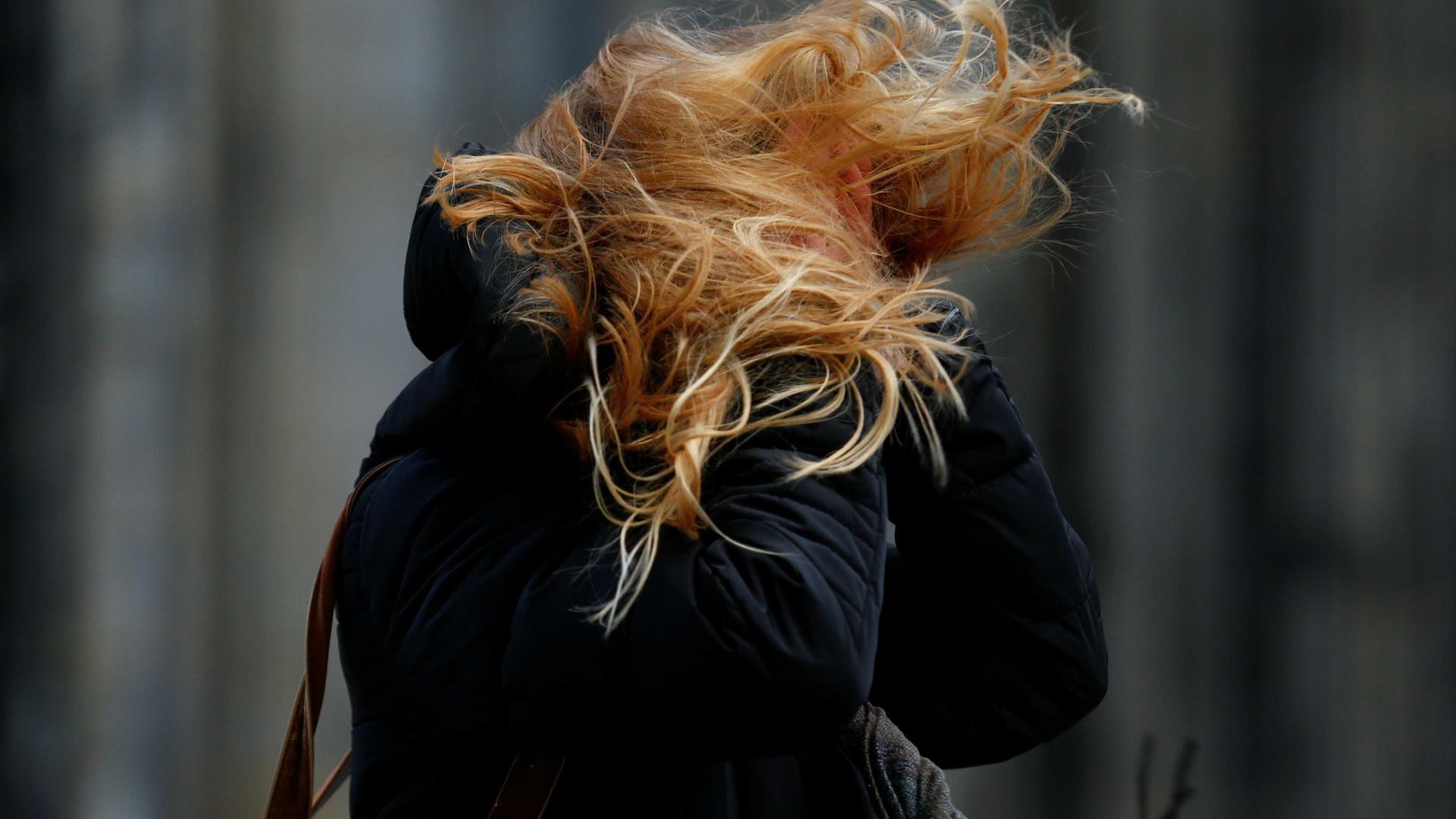 Número de mortos na Alemanha pela tempestade Friederike sobe para oito