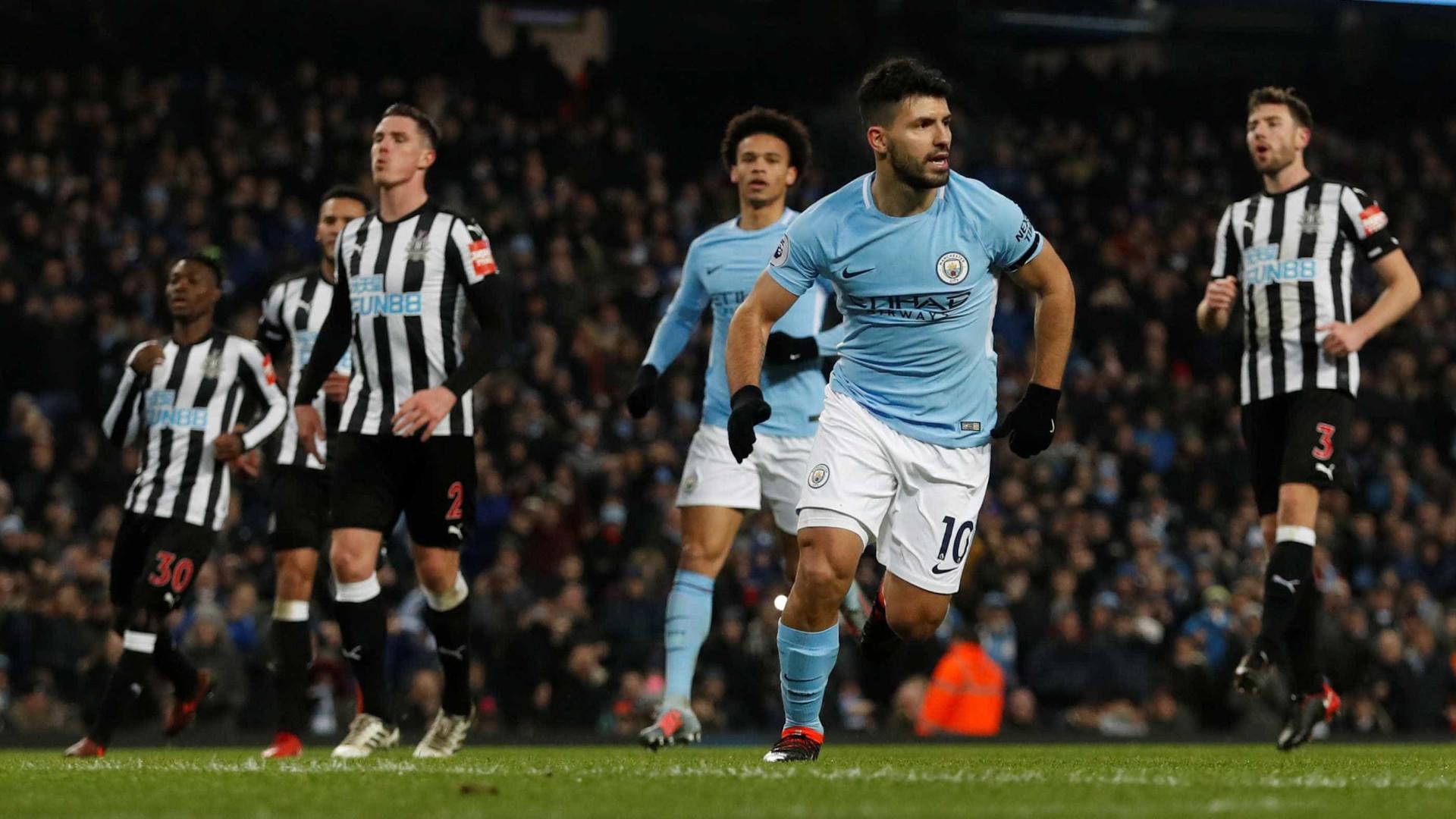 Bristol City-Manchester City: Procura-se finalista