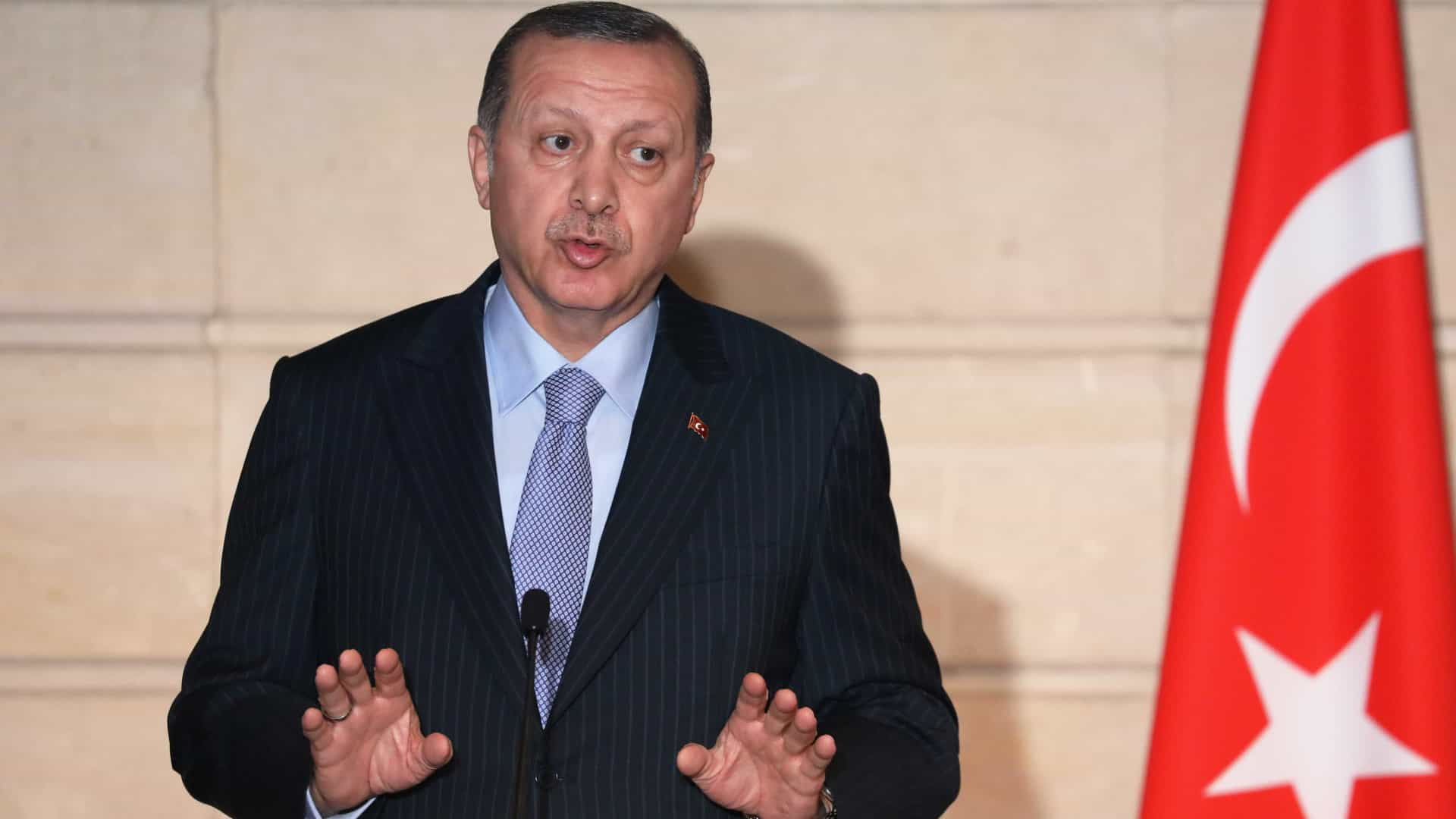 Erdogan adverte sobre exploração de gás ao largo de Chipre