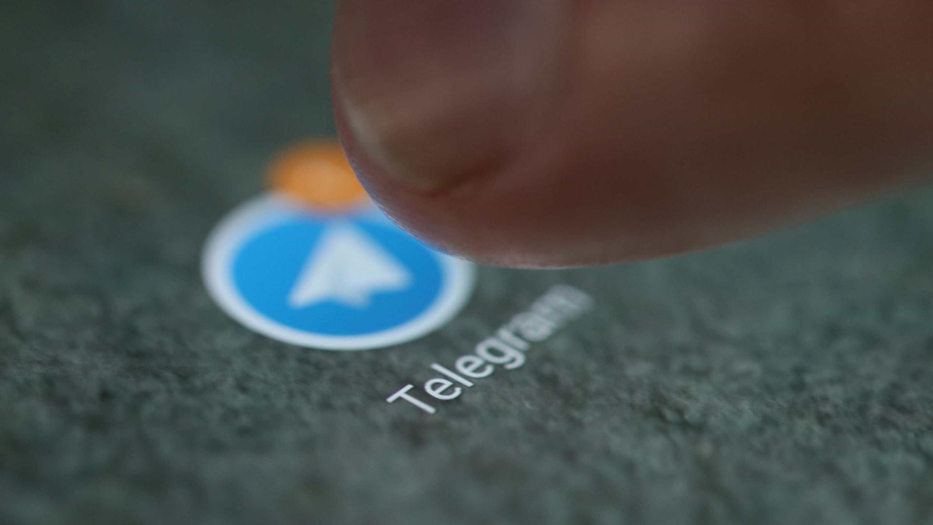 Rússia bloqueia aplicativo de mensagens Telegram