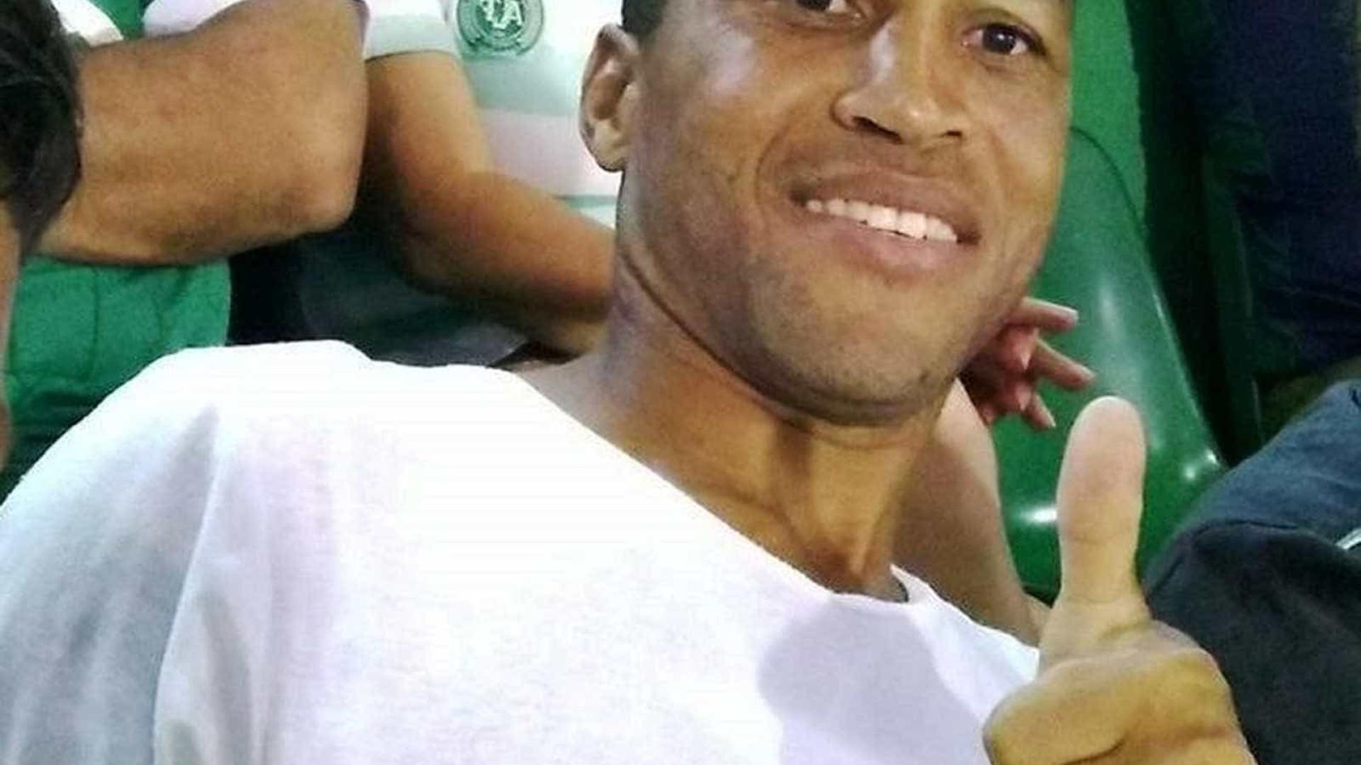 Ex-jogador da Chapecoense morre após acidente