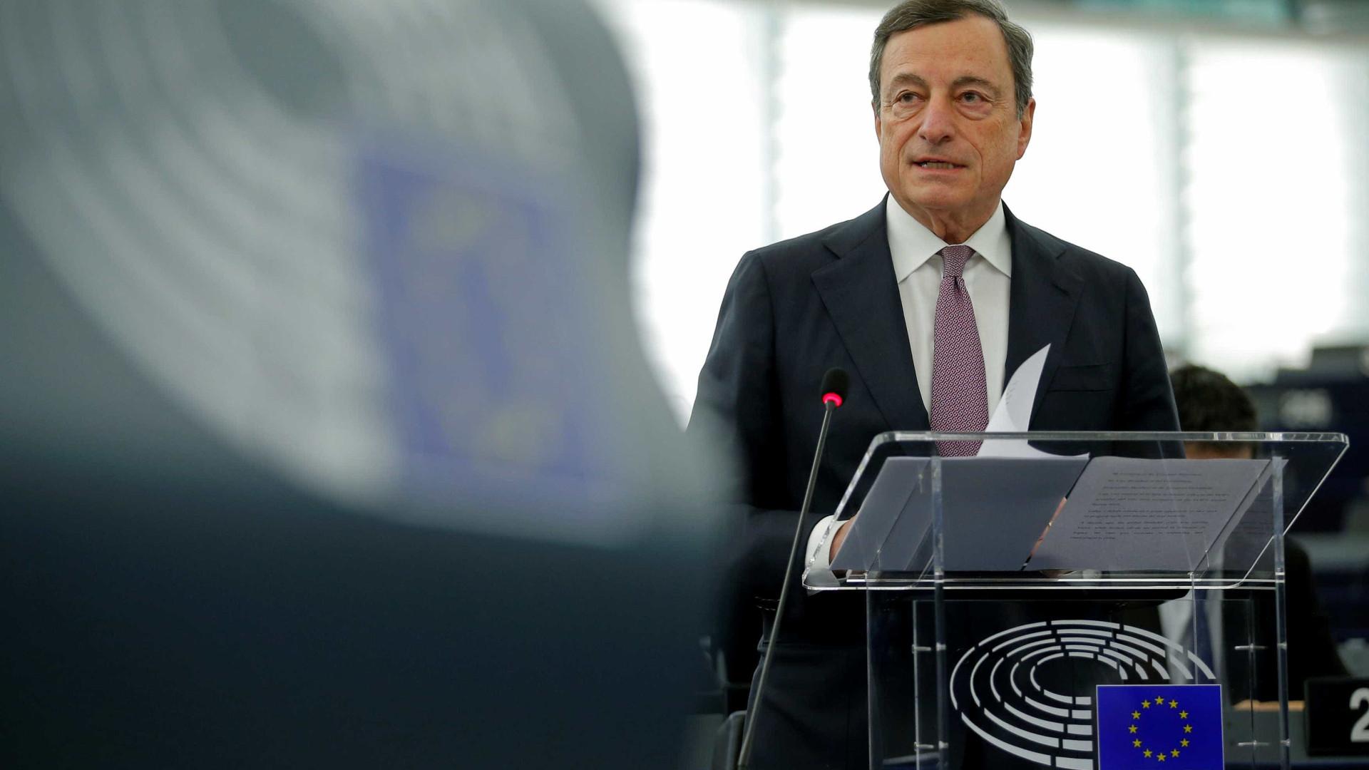 BCE deixa taxas de juro inalteradas e mantém programa de compra de ativos