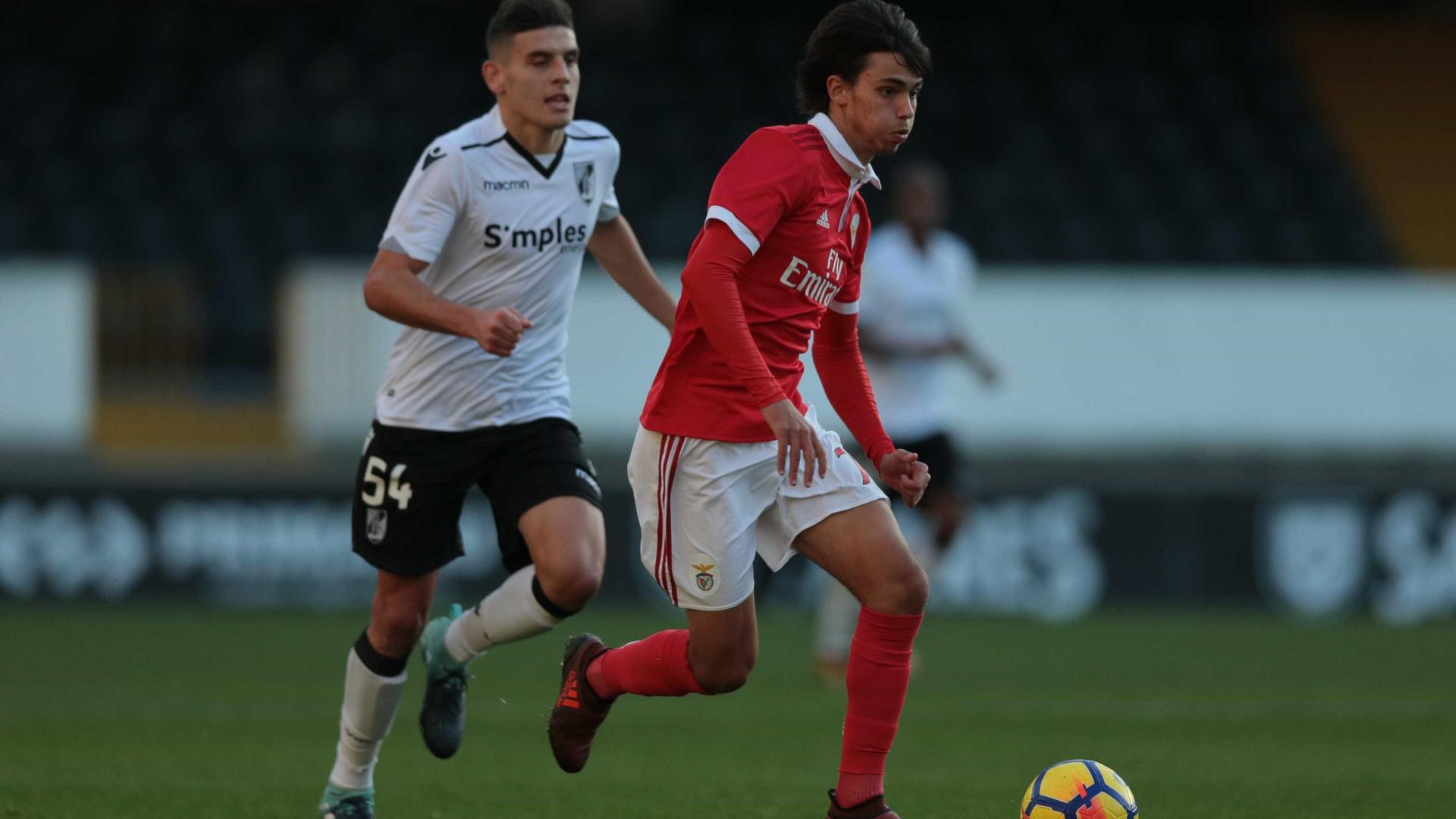 Benfica é líder provisório após vencer Portimonense por 3-1