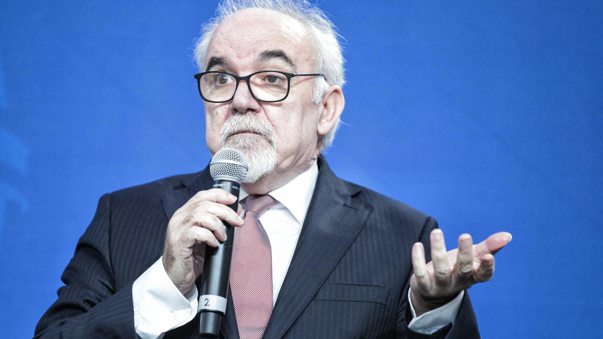 """Vieira da Silva diz que """"ninguém está condenado a ter um mau emprego"""""""