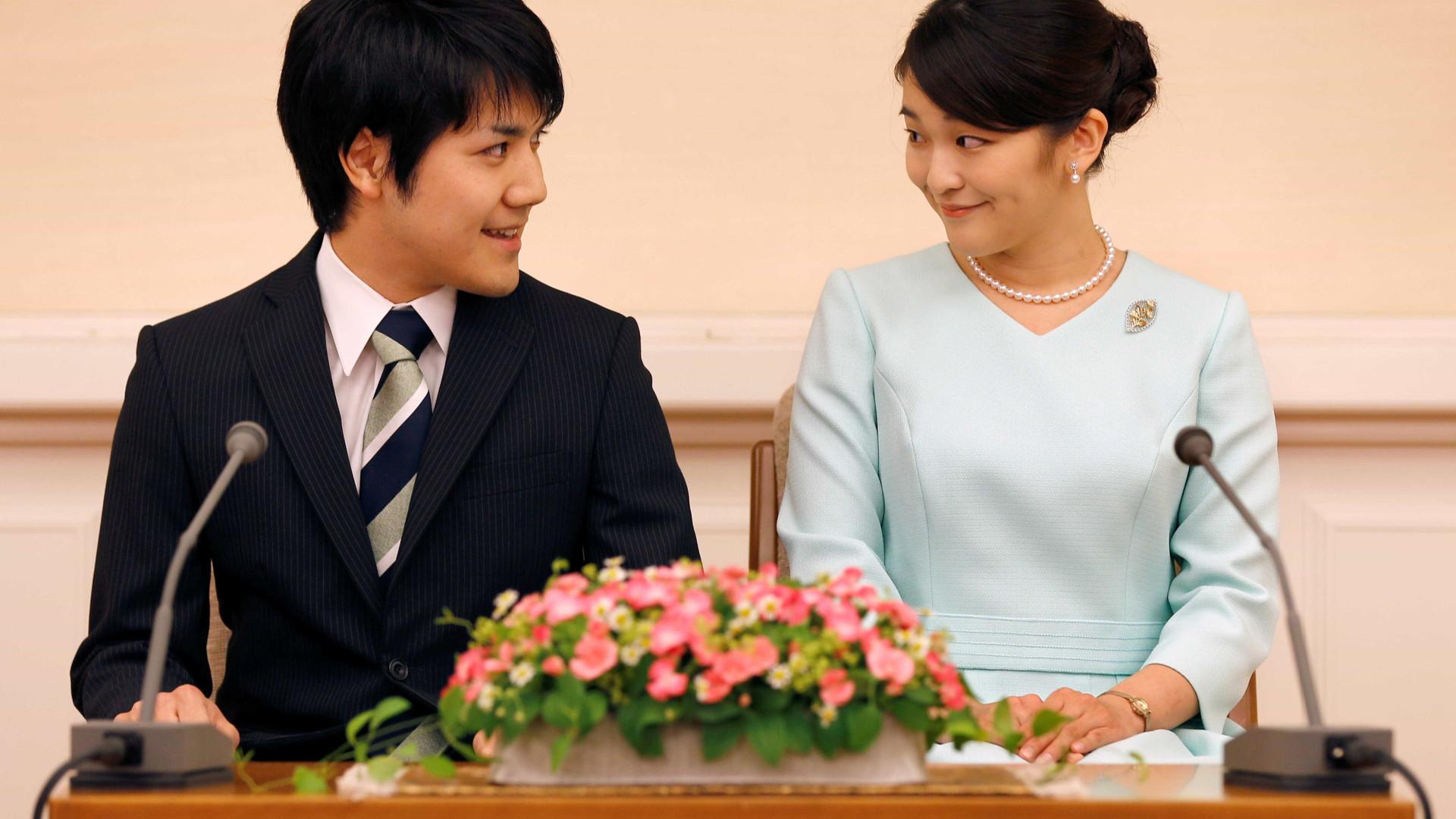 """Princesa do Japão adia casamento por causa de """"imaturidade"""""""