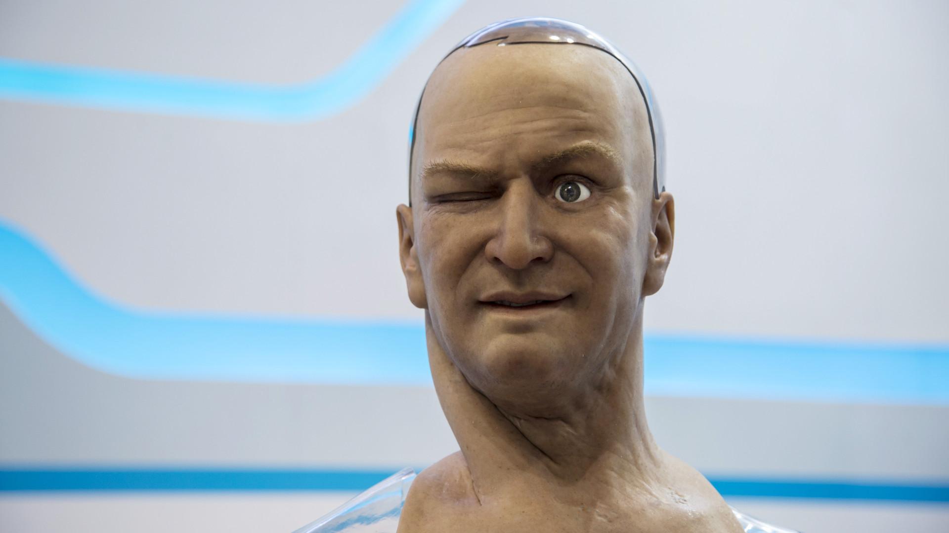 Novo tipo de 'pele eletrónica' pode ter aplicações na robótica e medicina