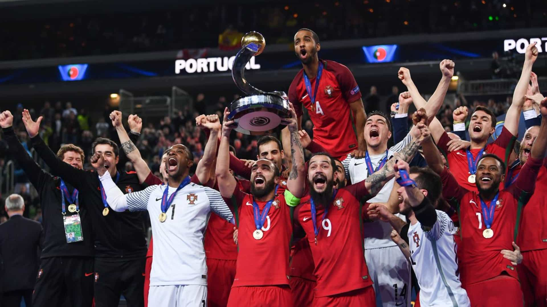 Histórico  Portugal sagra-se campeão da Europa em futsal 100b118bd1843