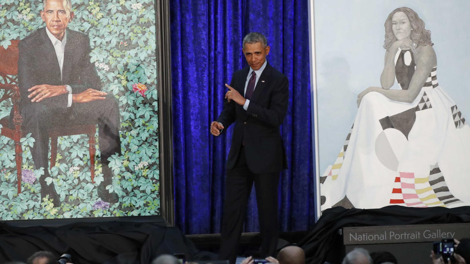 Michelle e Barack Obama ganham retrato em galeria dos presidentes