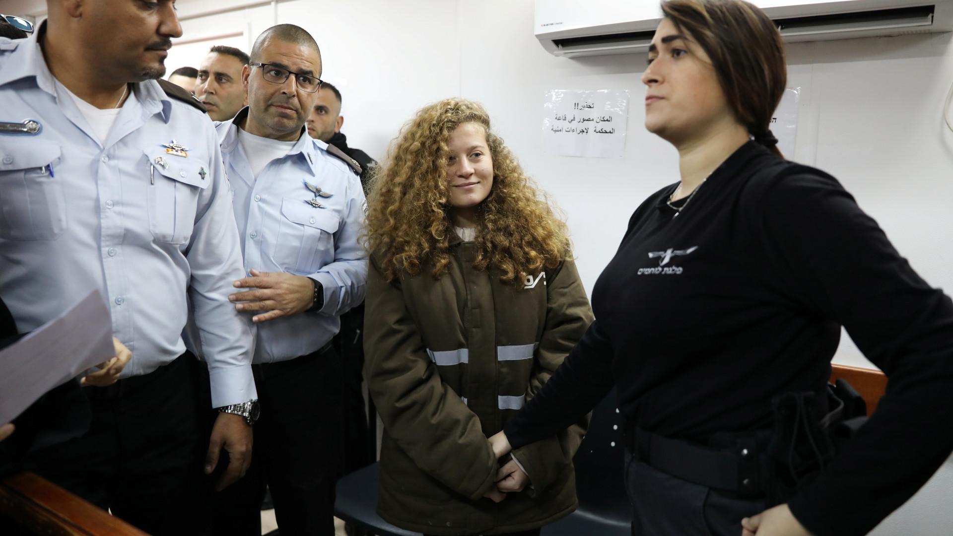 Ahed Tamimi, a menina que esbofeteou militar, começa hoje a ser julgada