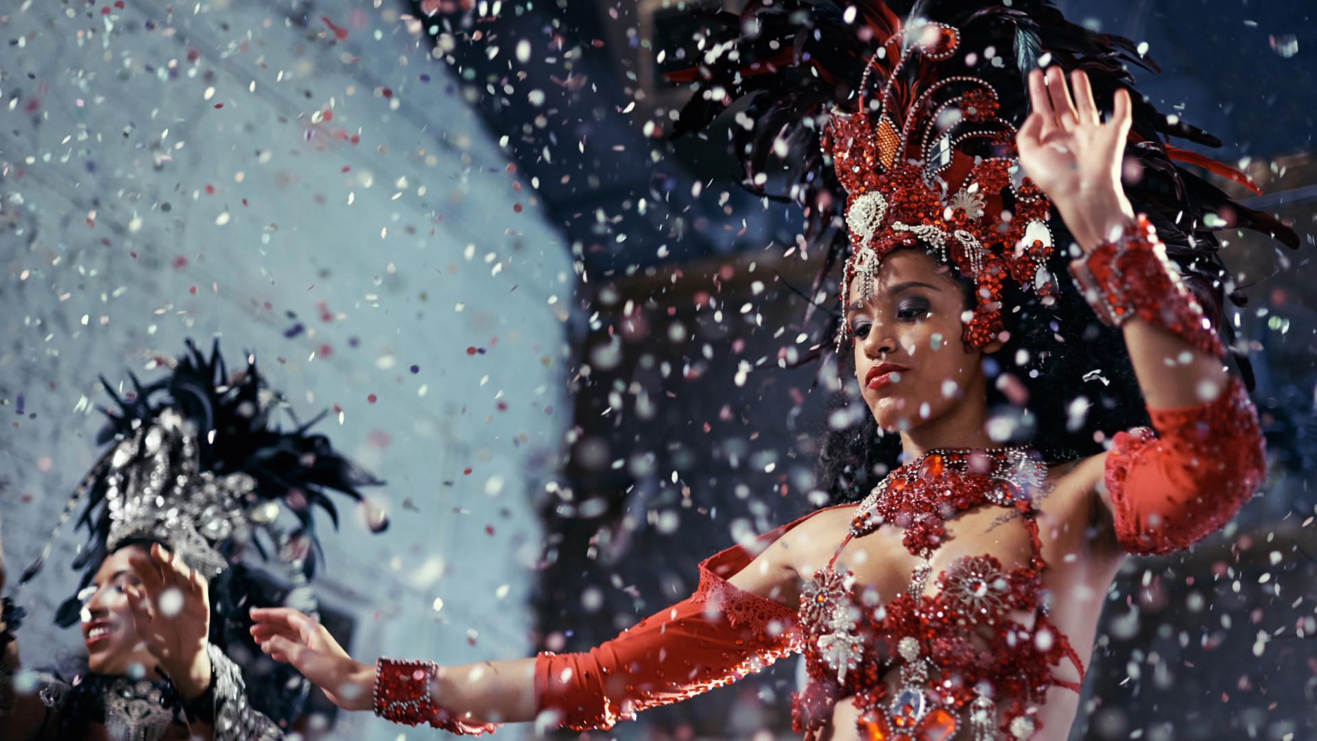 Pode o desfile de Carnaval ser considerado exercício físico?