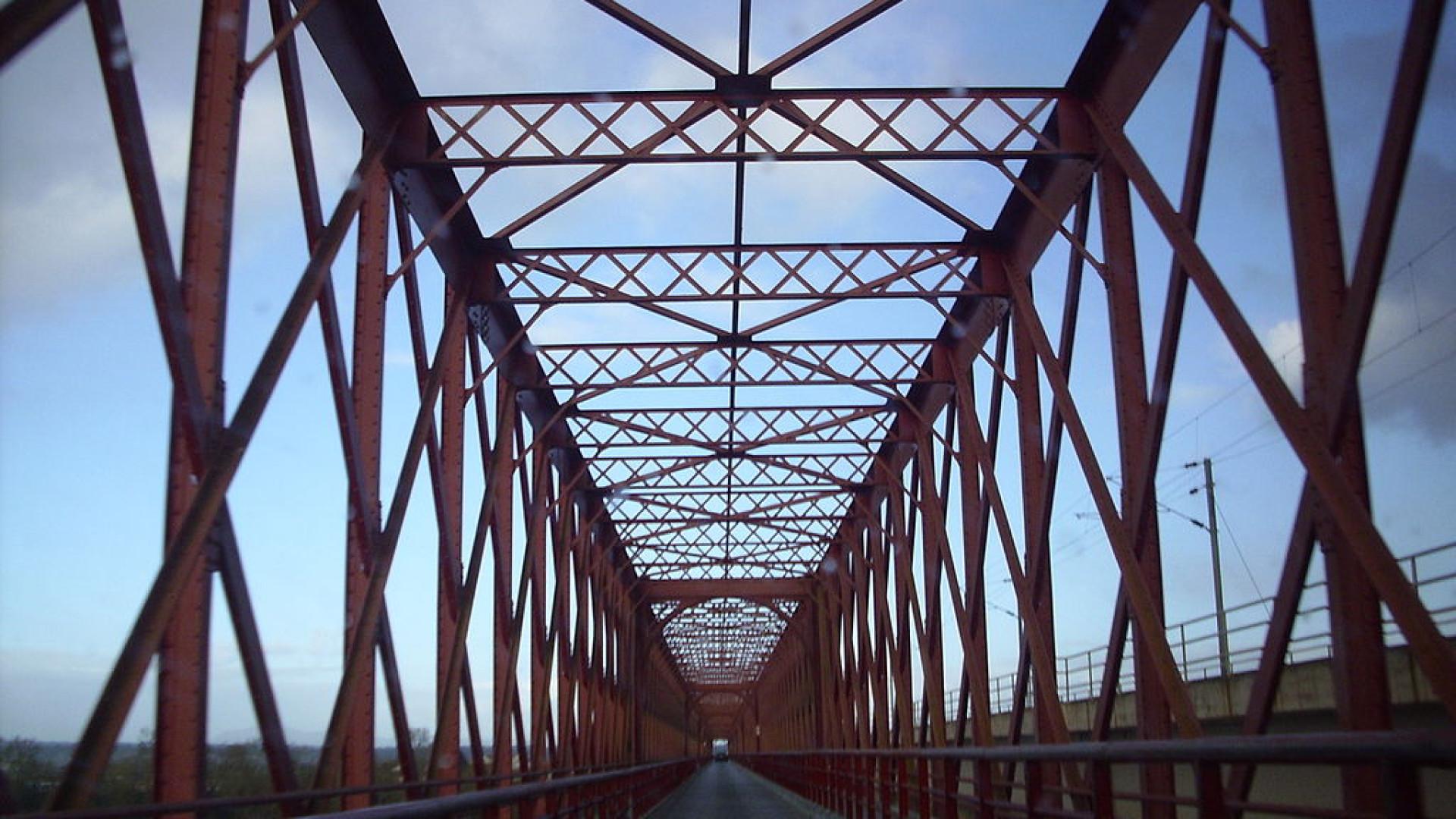 Ponte D. Amélia com circulação limitada e a necessitar de intervenção