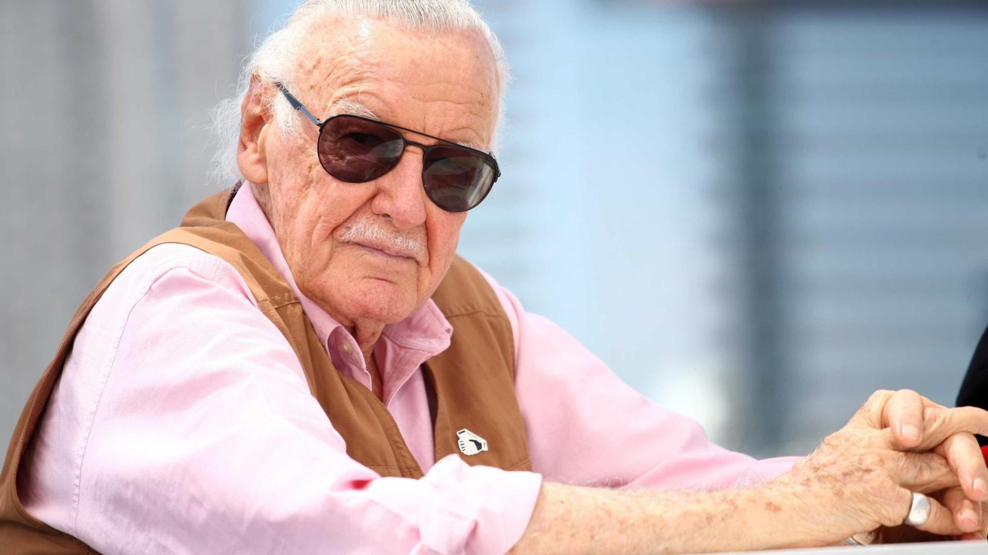 Stan Lee, figura histórica da Marvel, processa Pow! em mil milhões