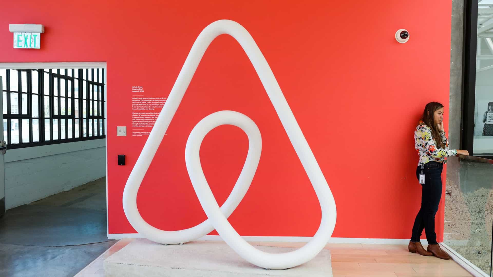 Airbnb em Portugal acolheu mais de 2,6 milhões de visitantes em 2017
