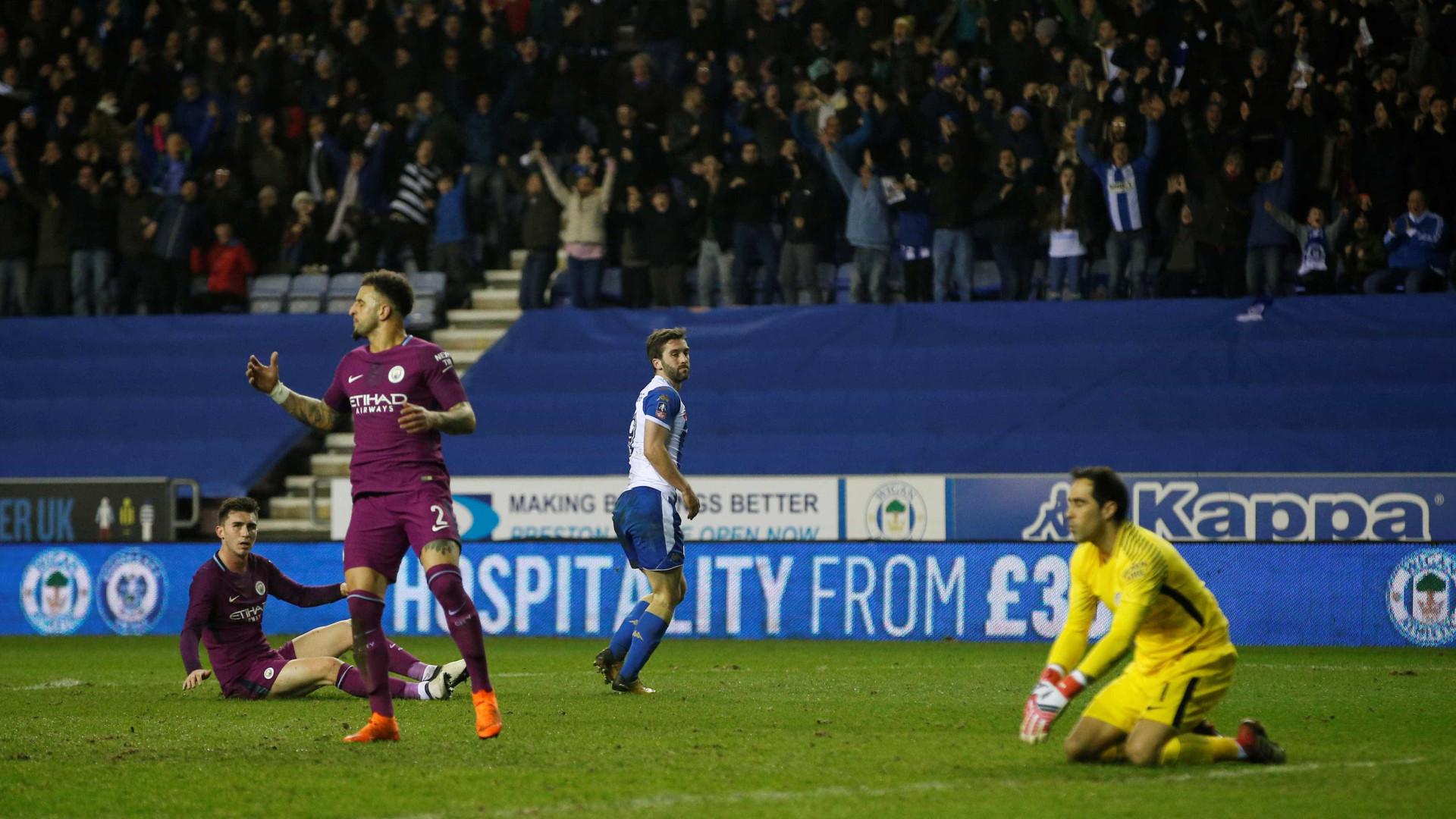 Guardiola afirma que foi rejeitado por dois clubes ingleses como jogador