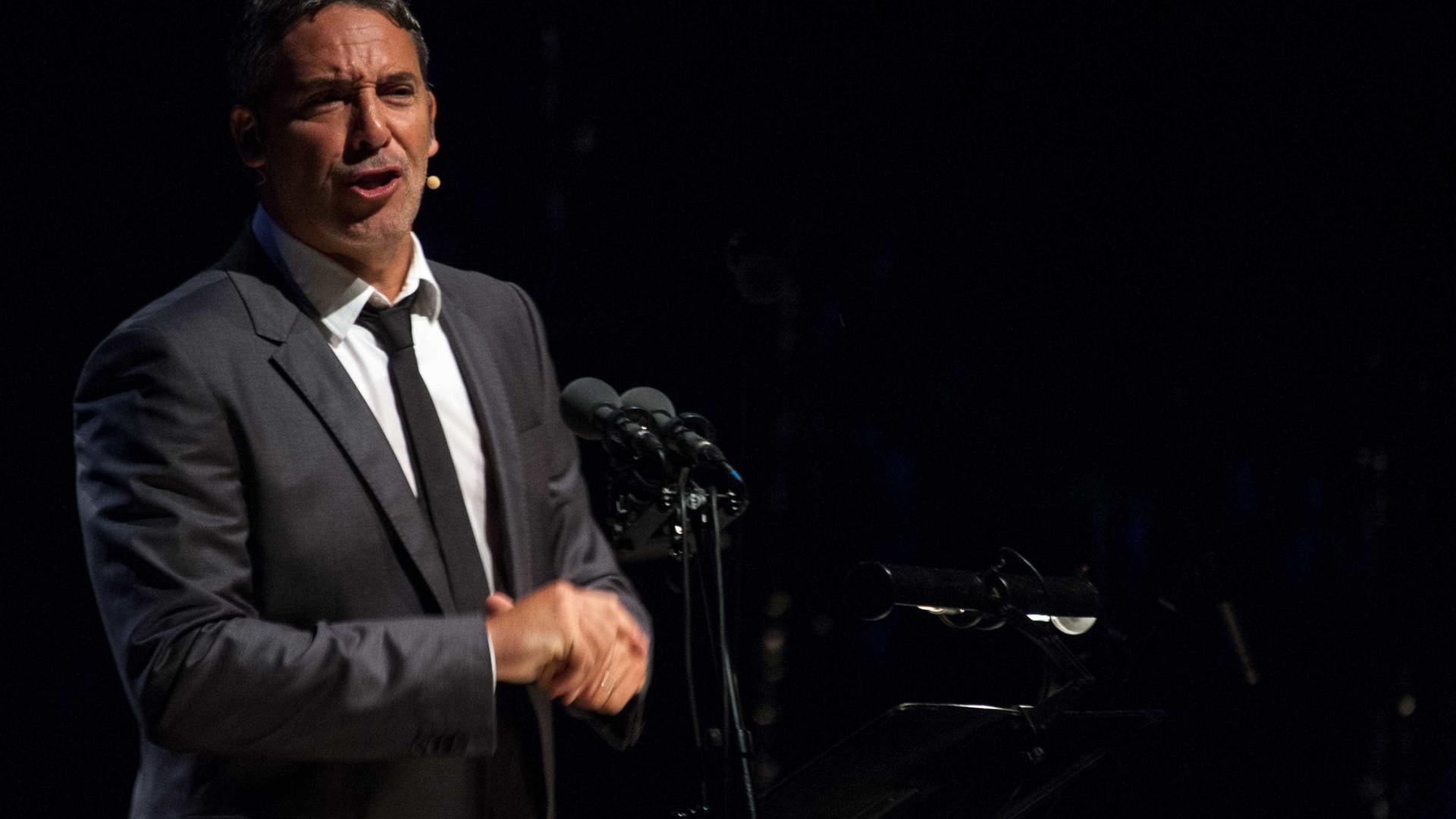 "Diogo Infante mostra dotes para a música. ""Que grande voz"""