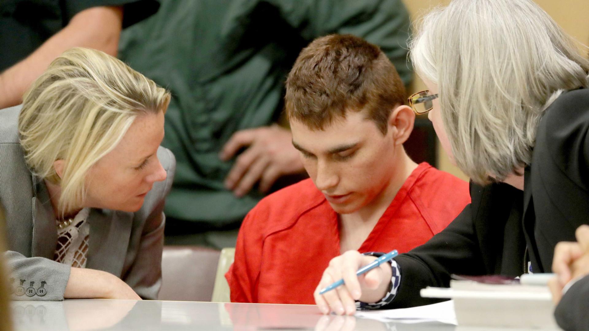 Florida vai pedir pena de morte para atirador da escola de Parkland