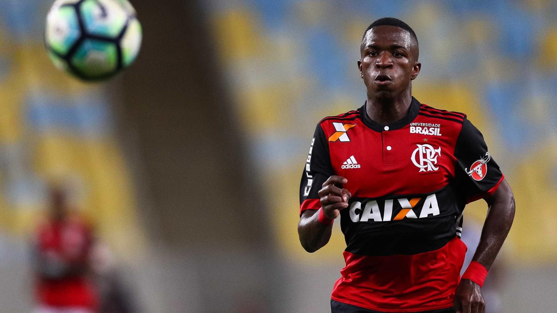 Vinícius Júnior ainda não chegou ao Real mas já tem uma mensagem para CR7