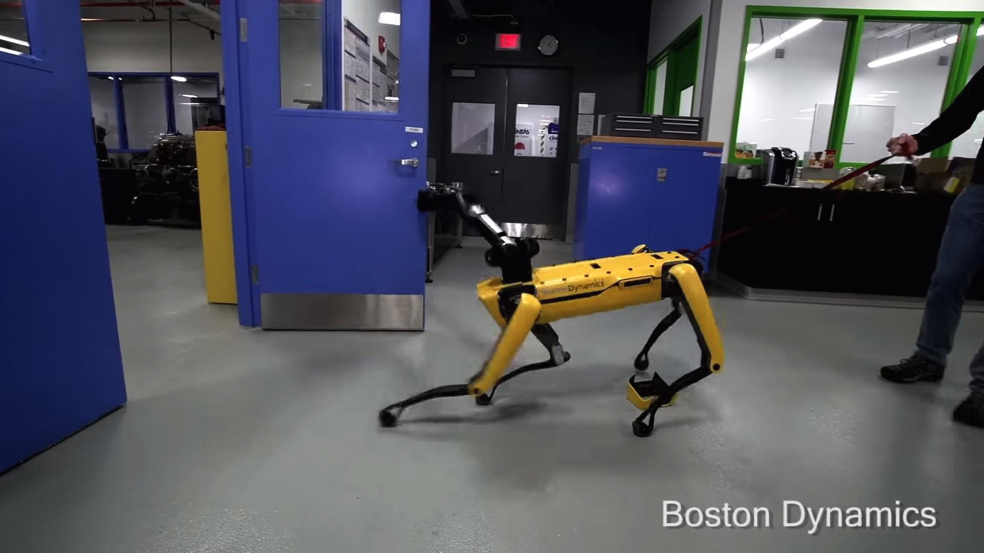 Boston Dynamics: Em breve poderá ter o seu próprio cão robótico