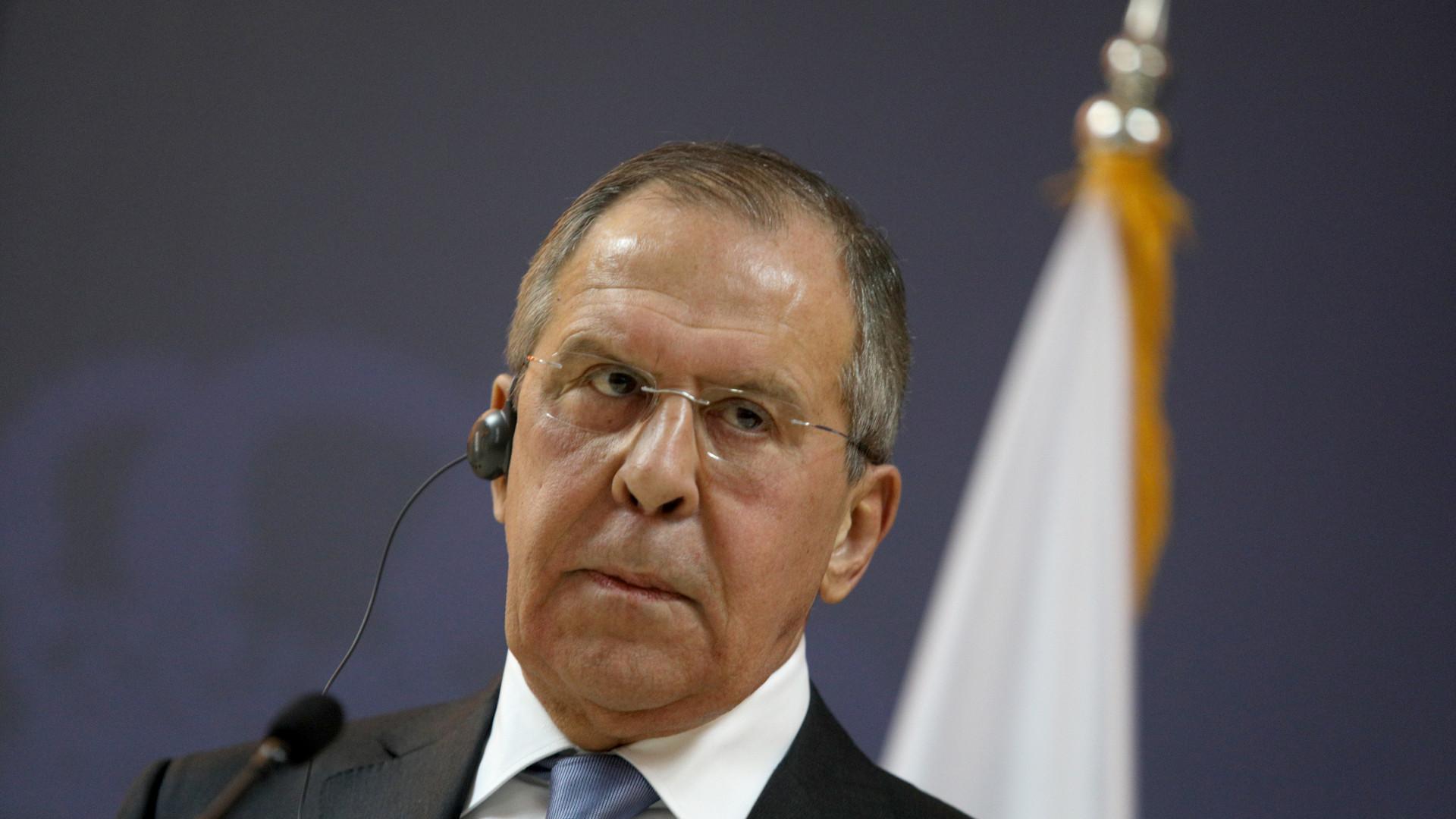 Chefe da diplomacia russa em Istambul para preparar cimeira