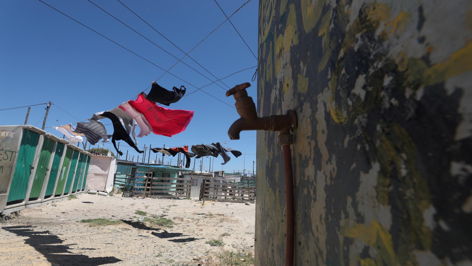 Tempo está a esgotar-se na Cidade do Cabo. Maputo segue-lhe os ponteiros